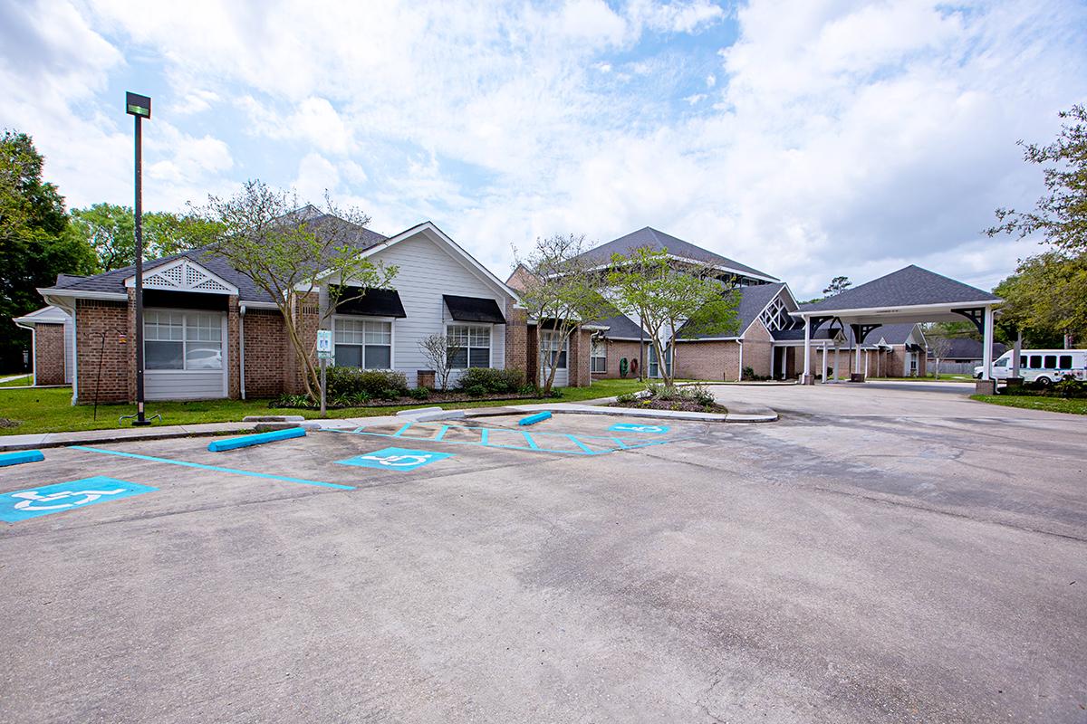 Oak Park Village at Hammond Exterior View 2