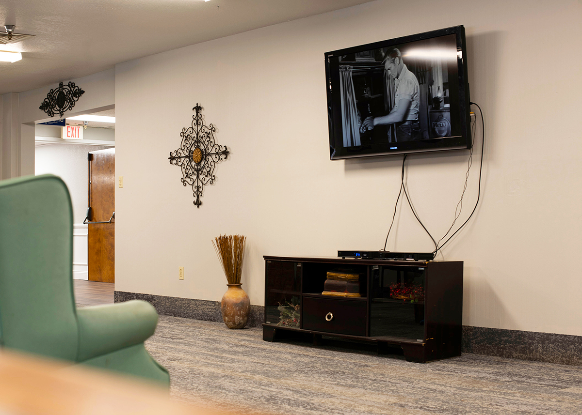 Camino Real Senior Living - Assisted Living Entertainment Room