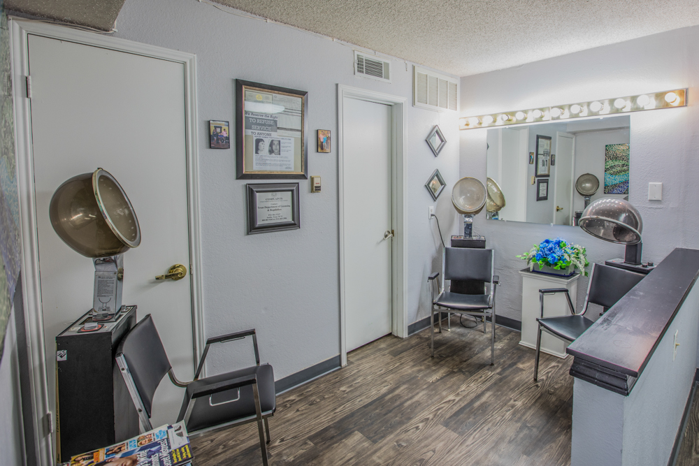Lakeland Hills Salon